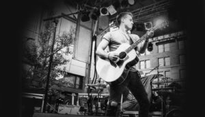 Nashville Unsigned featured artist Josh Dorr launches a new EP Sundancer and we review it
